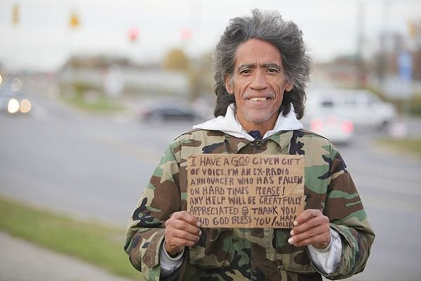 Ted_Williams_Homeless_Man_With_Golden_Voice