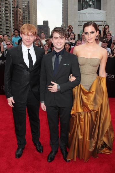 Emma Watson Wearing Bottega Veneta Giuseppe Zanotti Lorraine Schwartz