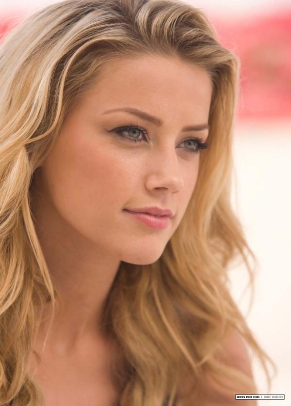 Amber Heard Looks Like Kate Hudson