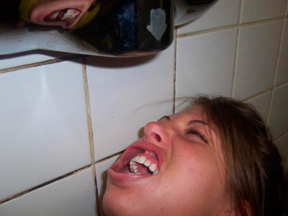 Power Drymouthing High Powered Hand Dryer Blowing in Her Mouth