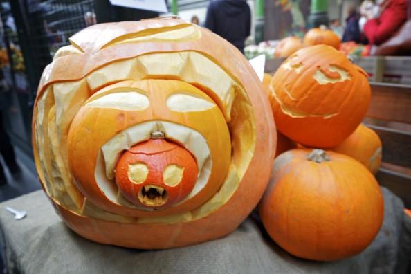 pumpkins halloween traditions