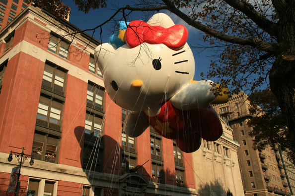 Macy's Thanksgiving Parade Hello Kitty Day Balloon