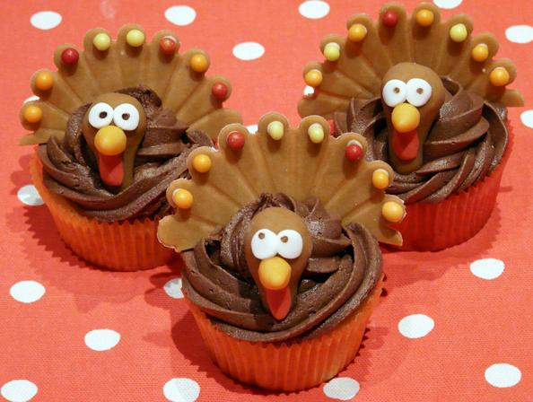 Thanksgiving Gobble Gobble Cupcake