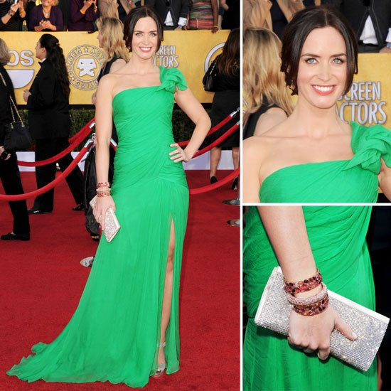 Emily Blunt Wearing Oscar de la Renta at the 2012 SAG Awards