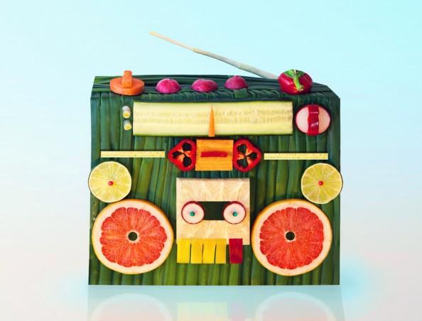 Dan Cretu Romanian Eco Artist - Food Sculptures 8