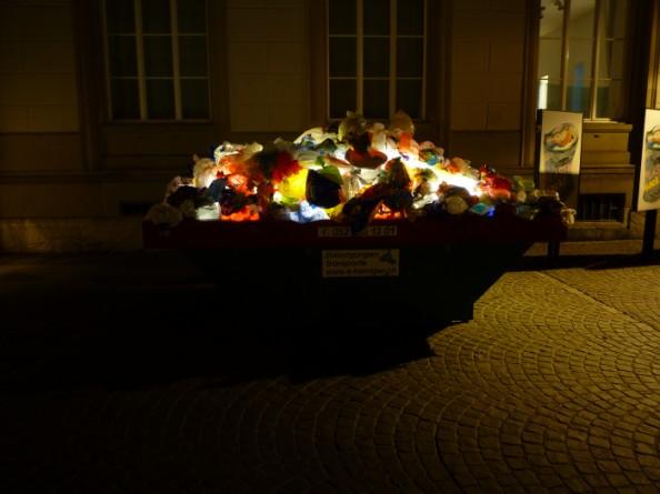 Luzzinterruptus Urban Installations - Plastic Bag Exhibition 10