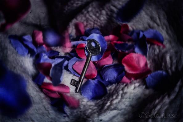Giada Laiso_The key of creativity..(for Mole Empire)