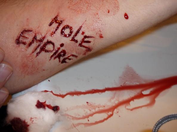 Carla Dias - Mole Empire under her skin 4 (Mole Empire imagined by others)