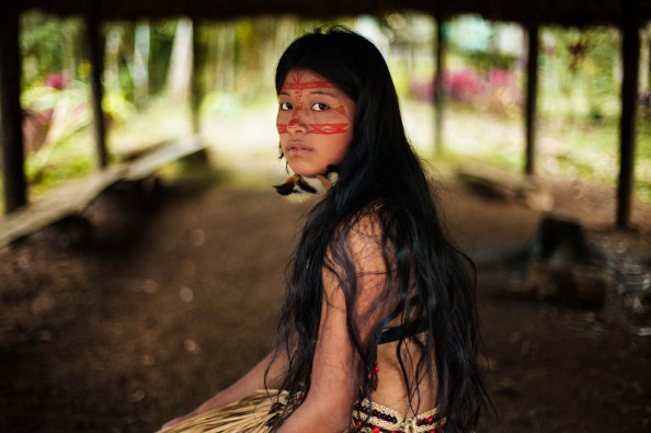 Mihaela Noroc_Atlas of Beauty Kichwa woman in Amazonian rainforest