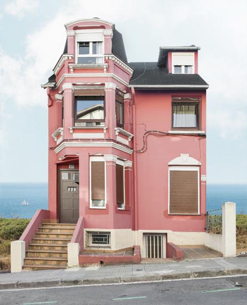 Irala Barrio Houses