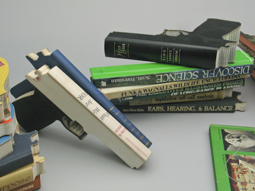Bookguns