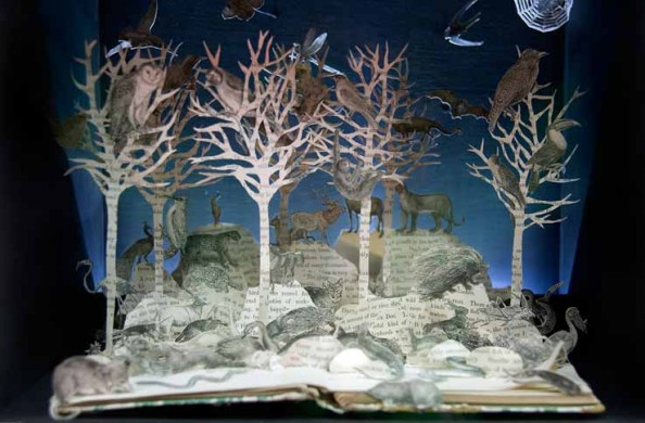 Book Sculptures Su BlackWell 1
