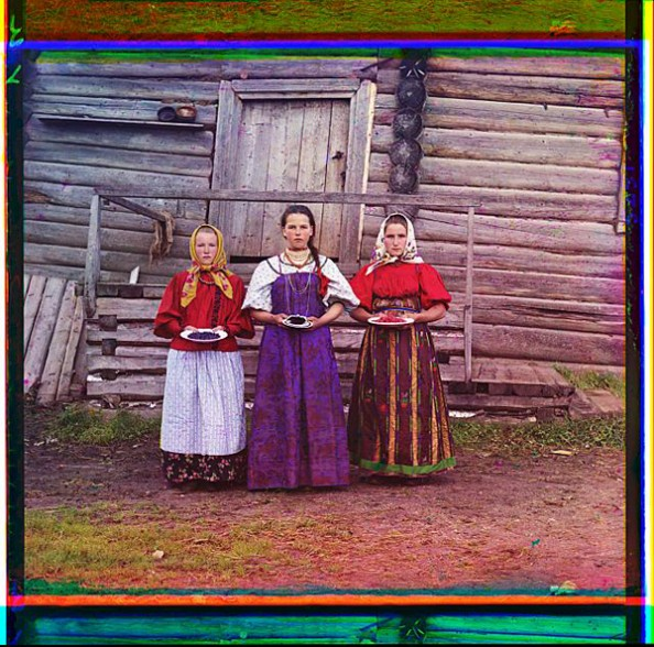 100 Years Old Color Photos of the Russian Empire Peasant Girls