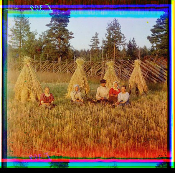 100 Years Old Color Photos of the Russian Empire Harvest Time