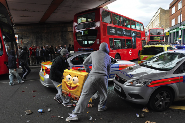 Sponge Bob Joining the London Riots Spoof