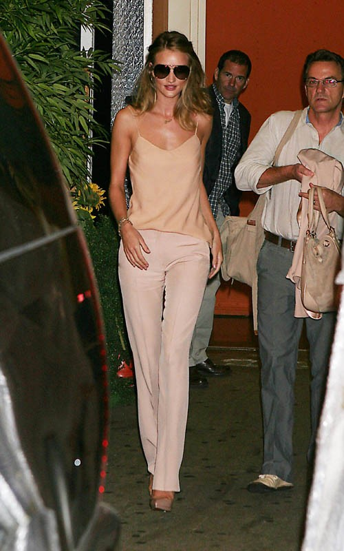 Rosie Huntington-Whiteley wearing a The Row at Regis&Kelly