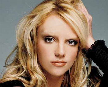 Celebrities Without Eyebrows Britney Spears