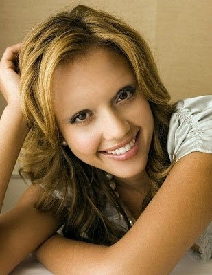 Celebrities Without Eyebrows Jessica Alba