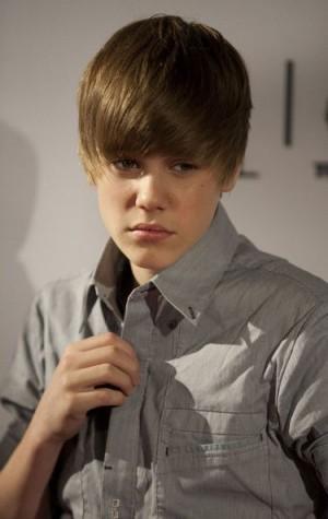 Justin-Bieber most dangerous celebrity on the internet