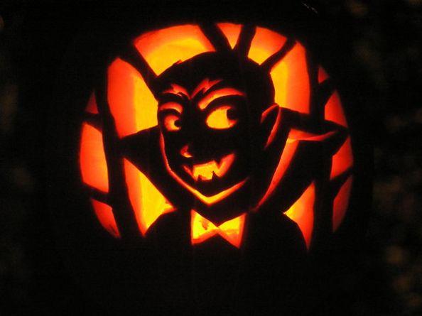 Vampire Halloween Pumpkin by bellsandy