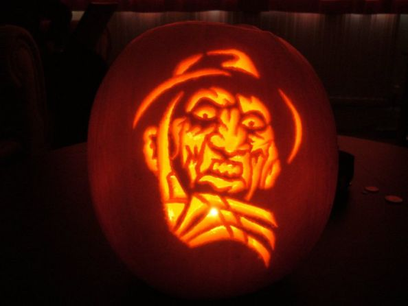 Zombie Halloween Pumpkin Carving by carnagevisors