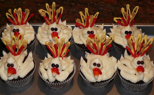Thanksgiving Cream Cupcakes