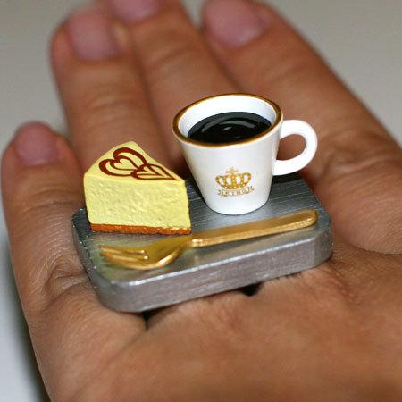 Coffee Mug and Cheesecake Ring