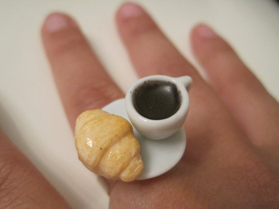 Italian Coffe and Croissant Breakfast Ring