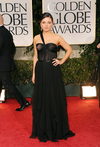 Mila Kunis in Dior Golden Globes 2012