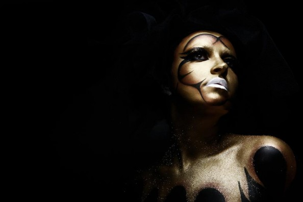 Carla Dias French make-up artist body painting demonstration