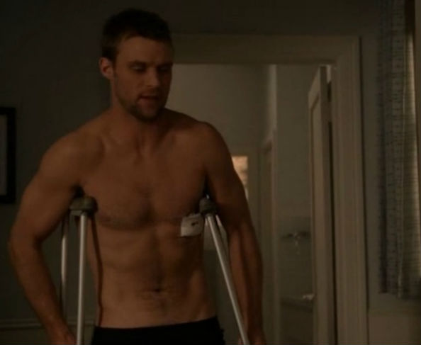 Shirtless Dr. Chase from House M.D.