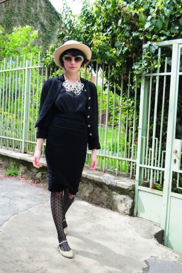 Miss Tutli Putli Vintage Fashion Blog Outfit 5