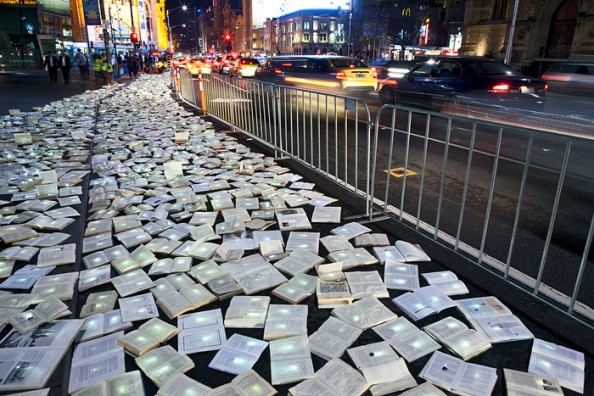 Literature vs traffic in Federation Square, Melbourne, by Luzinterruptus 4