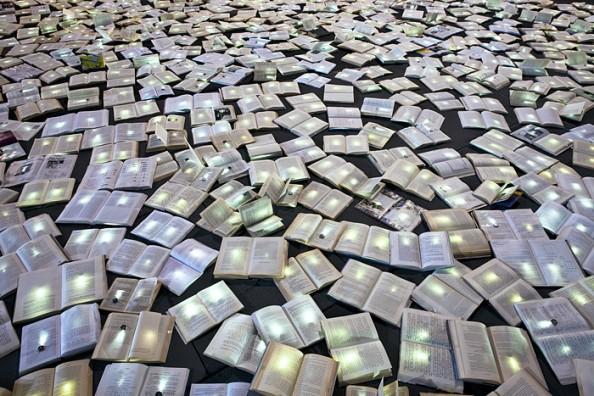 Literature vs traffic in Federation Square, Melbourne, by Luzinterruptus 6