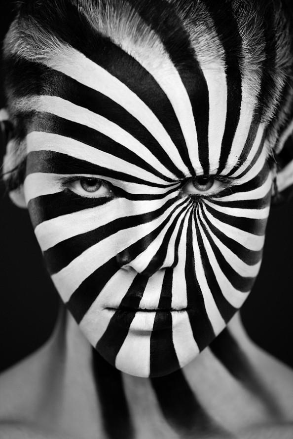 Weird Beauty Project by Alexander Khokhlov - Make up by Valeriya Kutsan Hypnose